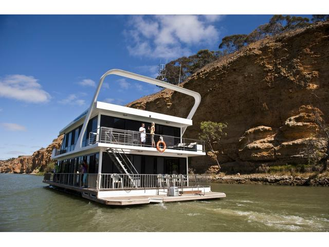 Unforgettable Houseboats, Murray River, South Australia