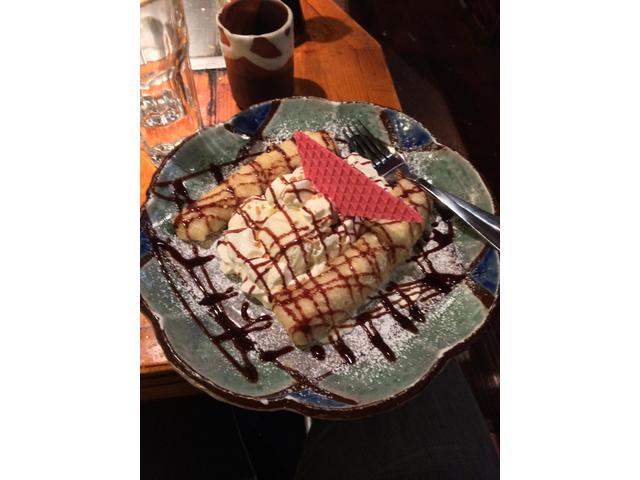 Yummy banana tempura dessert.