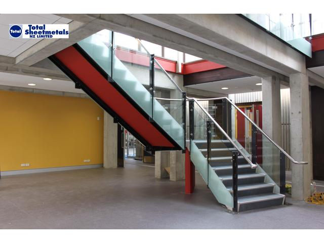 Stair Case Hand Rails and Glazing Palmerston North