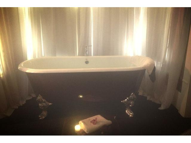 "Amazing ""Divine Bliss"" spa package - coconut vanilla bath"
