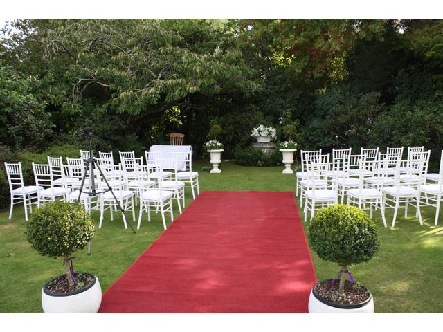 Garden wedding ceremony aisle - Kate Sheppard House