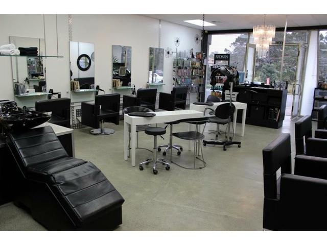 A Salon To Visit