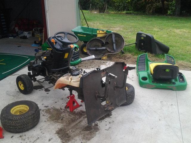 Does your mower look like this.  I can still fix it