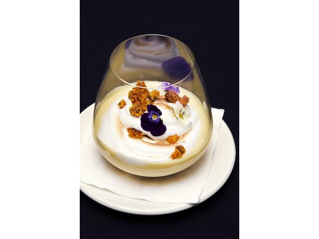 Feijoa cheesecake - desserts