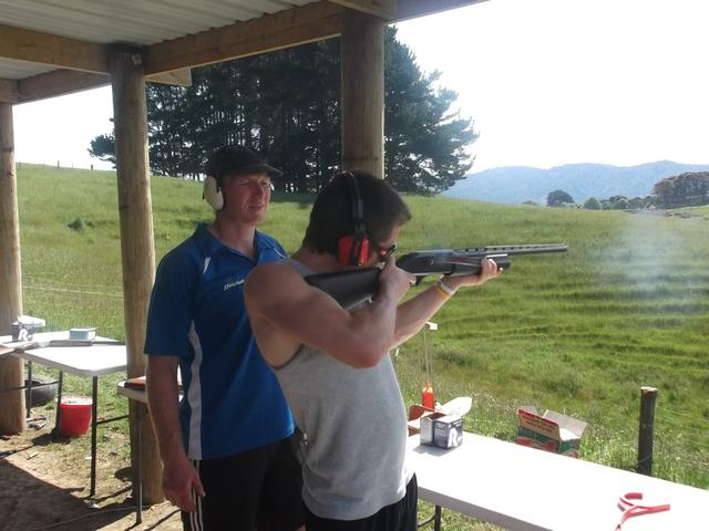 Awesome clay bird shooting!!