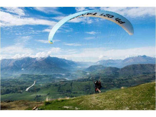 Coronet Peak Tandem Paragliding & Hang Gliding, Queenstown