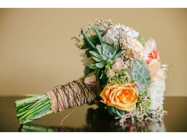 Keepsake Bouquets, for all your floral event needs!