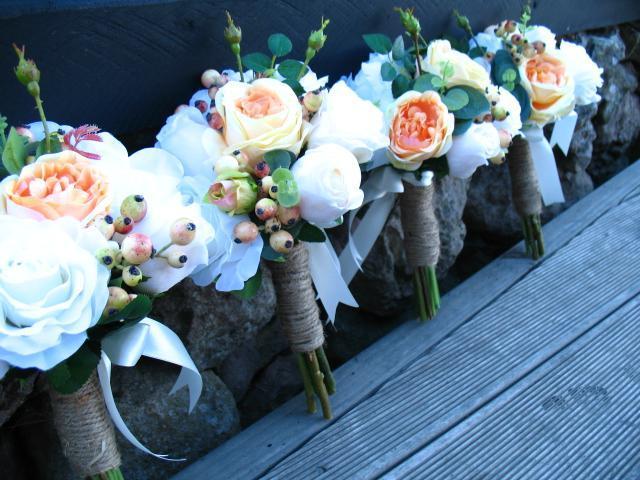 More maids bouquets!