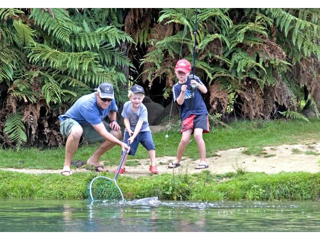 Anatoki Salmon - Fishing Family from Christchurch