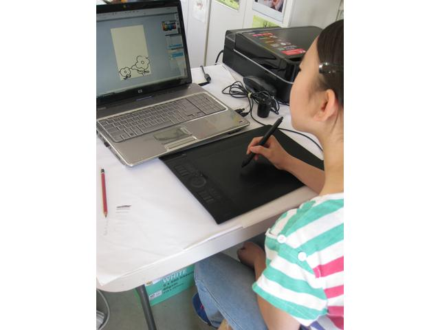 Students can use a tablet to draw using Photoshop