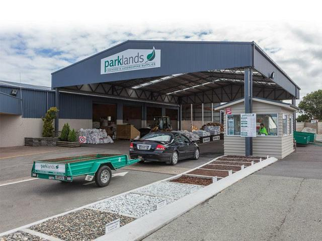Drive -through at Parklands Firewood and Landscaping Supplies