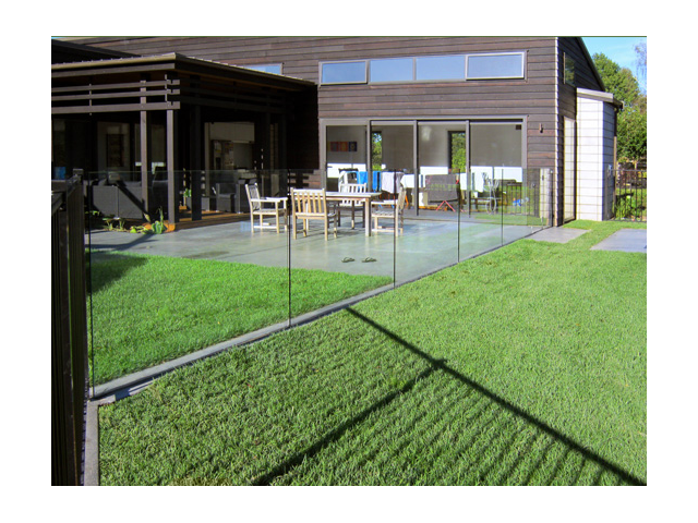 Swimming Pool Glass Fencing