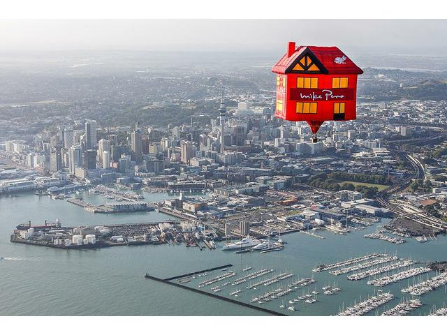Mike Pero Real Estate Hot Air Balloon Over Auckland
