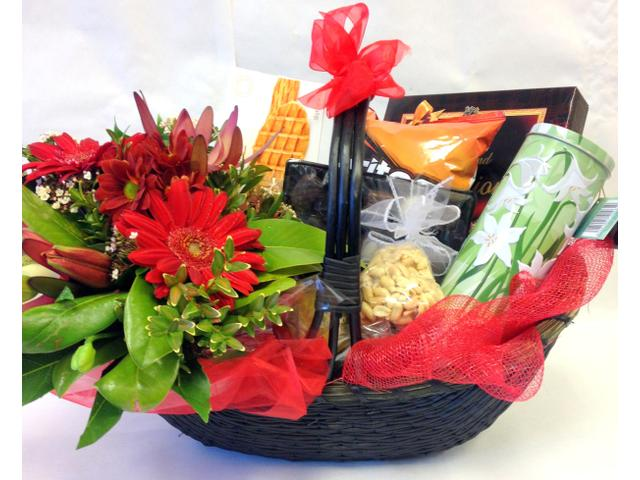 Gift Basket with flowers